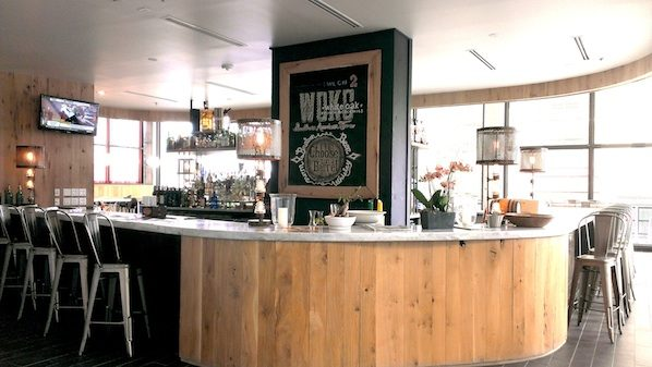white-oak-kitchen-atlanta-bar.jpg