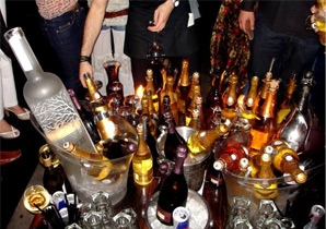 gold room bottle service